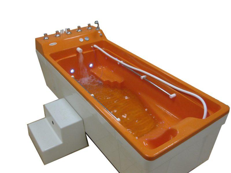 Ванна для подводного душа-массажа Golfstream (Гольфстрим)